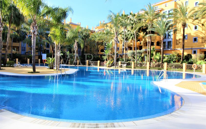 Apartment in San Pedro Playa, in walking distance to beach and amenities.