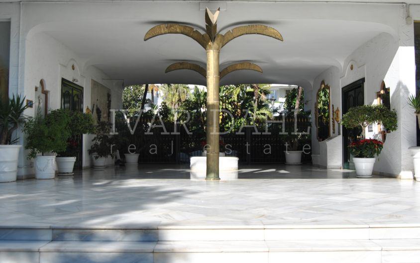 Garden Apartment in Marbella Real, Golden Mile, Marbella.