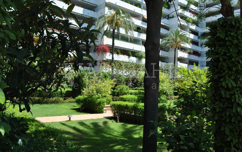 Quality apartment in luxury complex in centre town Marbella