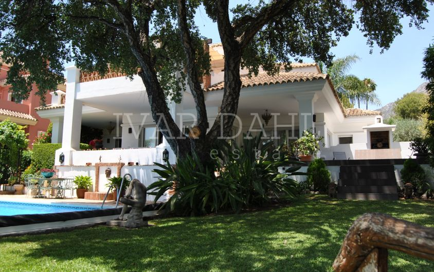 A Charming Villa in Altos Reales, on the Golden Mile of Marbella