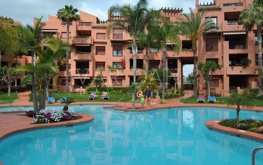 Apartment for sale in Alicate Playa, Marbella, in walking distance to the beach