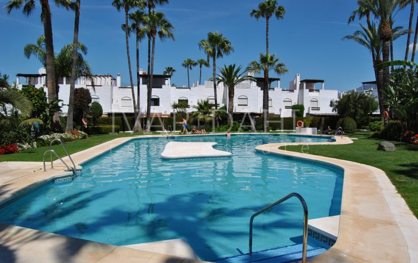Townhouse on the beachfront of San Pedro Alcantara, Marbella