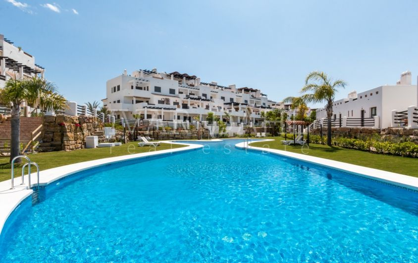 Apartment for sale in La Resina Golf, Estepona