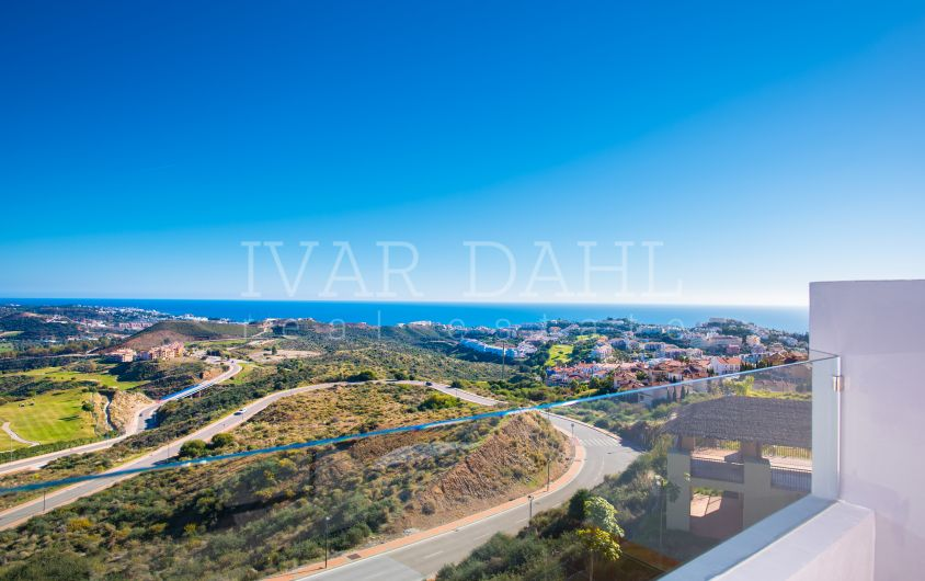 New Apartments for sale on golf course, Cala de Mijas, Mijas Costa