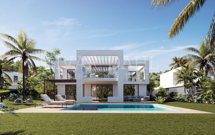 For sale now, new , modern villas in Marbella East