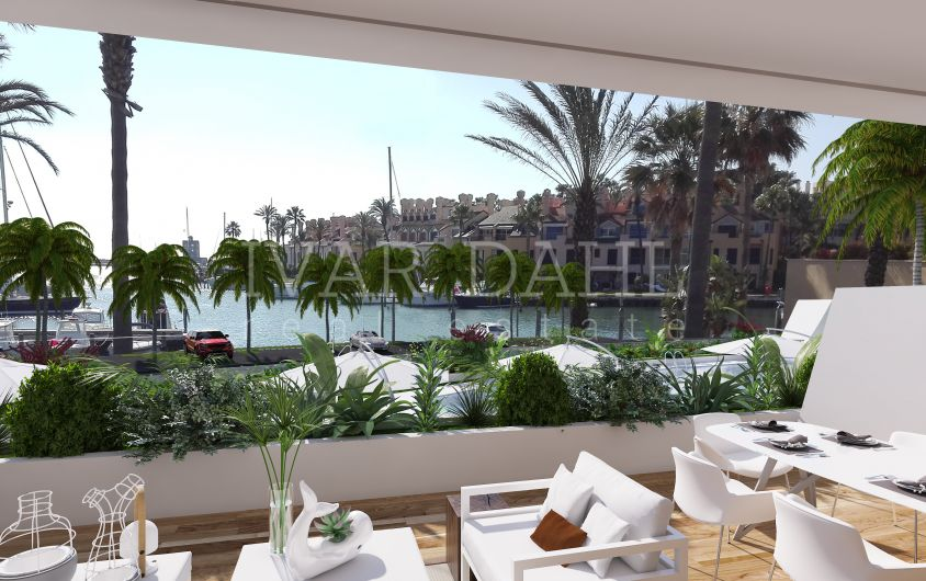 Ready to move in, Luxury new 3 bedroom apartment in Marina de Sotogrande, San Roque, Cadiz