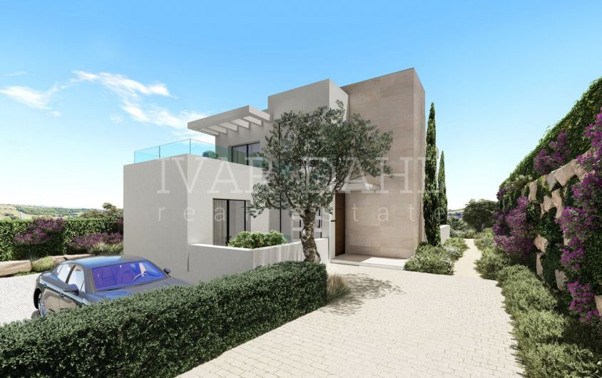 10 Luxury modern Villas on Golf Course and with sea views in Estepona