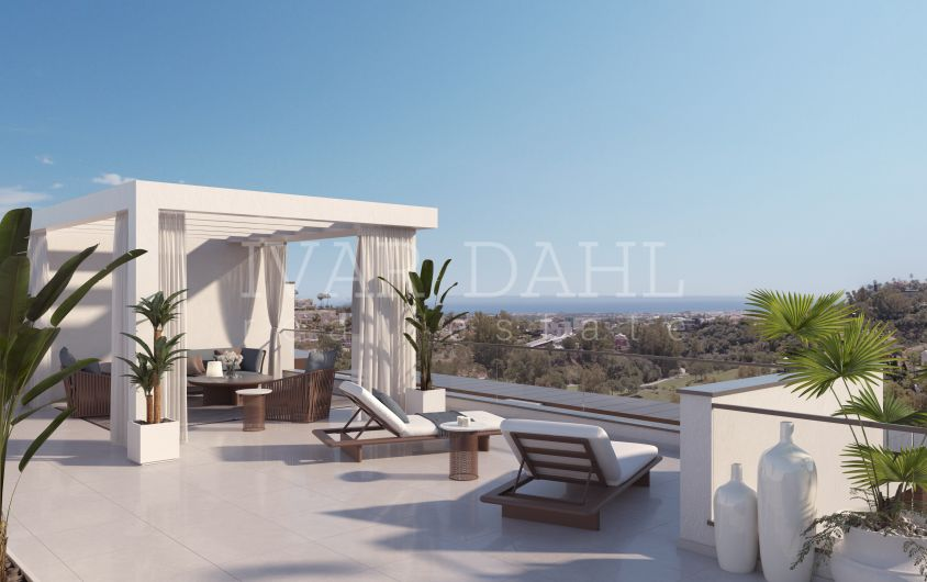 New penthouses under construction for sale in Benahavis, Malaga