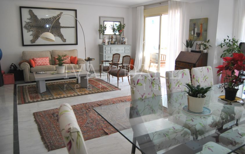 Corner townhouse for sale in Golden Mile of Marbella, Spain