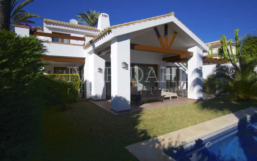 Villa for sale near beach in Marbesa, Marbella East, Costa del Sol