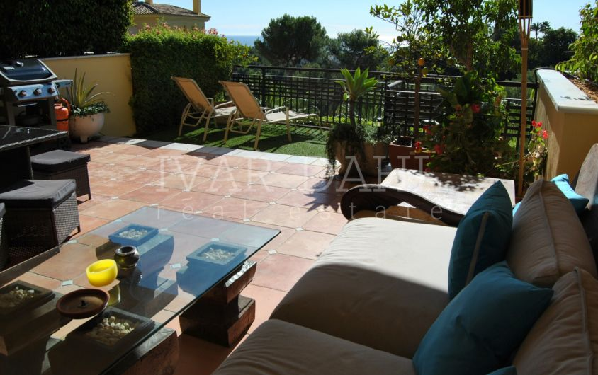 Beautiful apartment with sea views in Condado de Sierra Blanca, Marbella