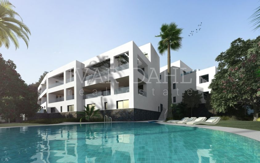 New 1 bedroom apartment with sea views in Marbella East
