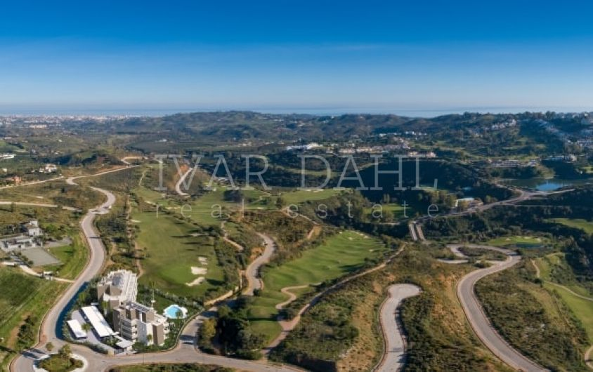 New, bright 2 bedroom apartment frontline golf in La Cala Golf Resort in Mijas.