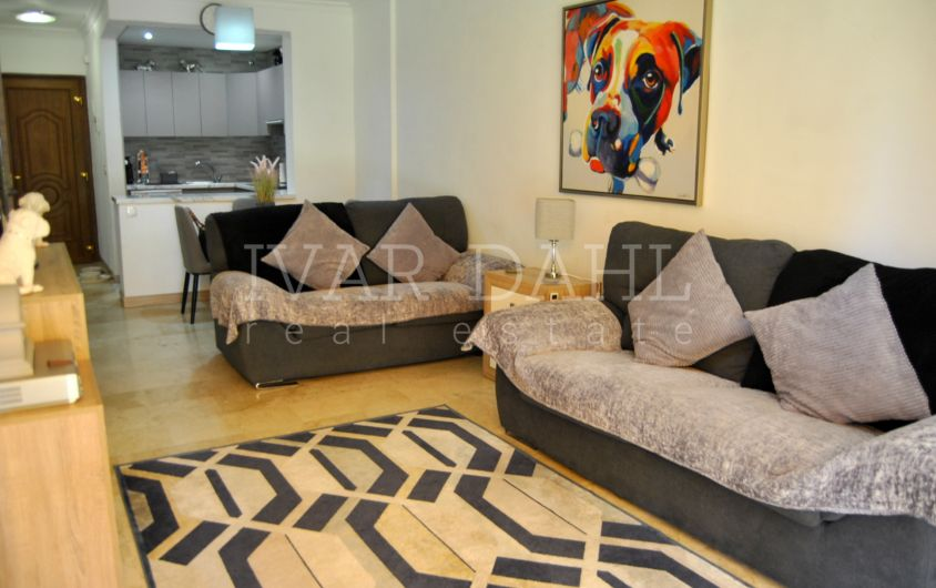 Reduced Price Apartment for sale in La Carolina, Golden Mile, Marbella