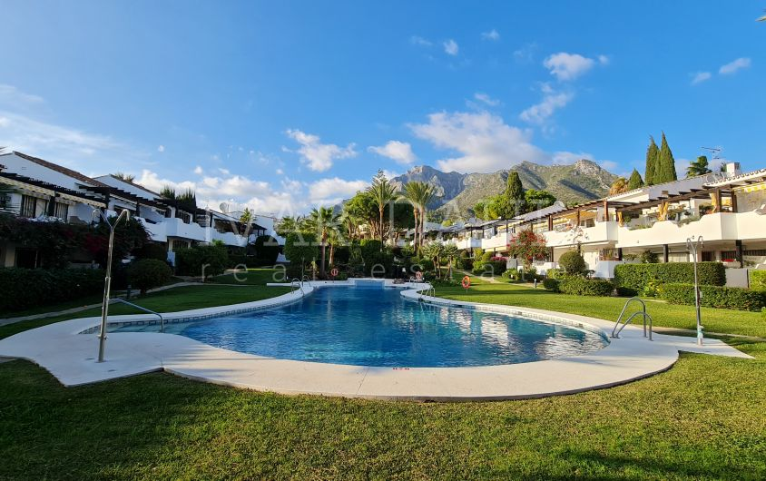 Renovated Top Floor apartment for sale in Sierra Blanca area, Marbella's Golden Mile