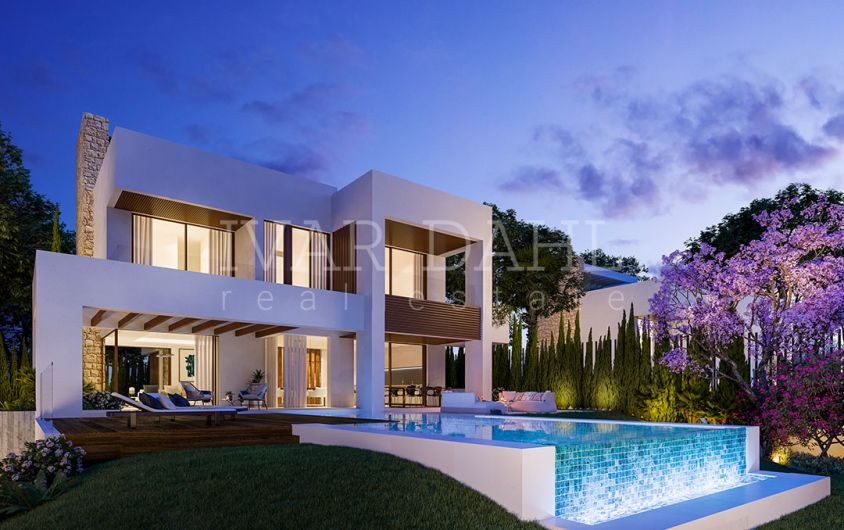 Marbella Center, new contemporary villas in walking distance to amenities and beach