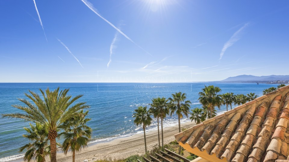 Marbella East, Beachfront 4 bedroom Penthouse in Rio Real Playa, best beaches of Marbella