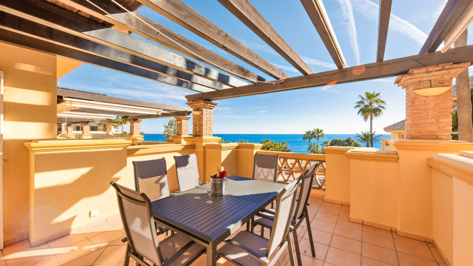 Marbella East, Frontline beach apartment for sale with amazing views