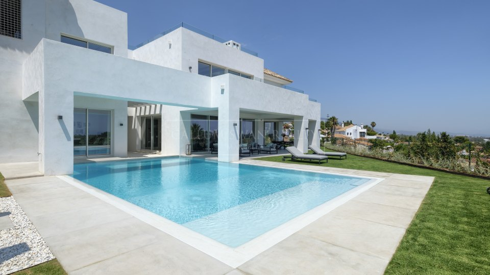 Benahavis, New villa for sale on the New Golden Mile