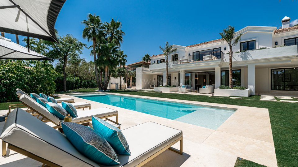 Marbella Golden Mile, Sophisticated luxury villa for sale in Sierra Blanca, Marbella