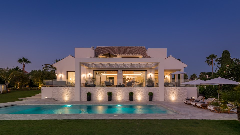 Marbella East, Spectacular luxury villa in Elviria, Marbella, with sea views