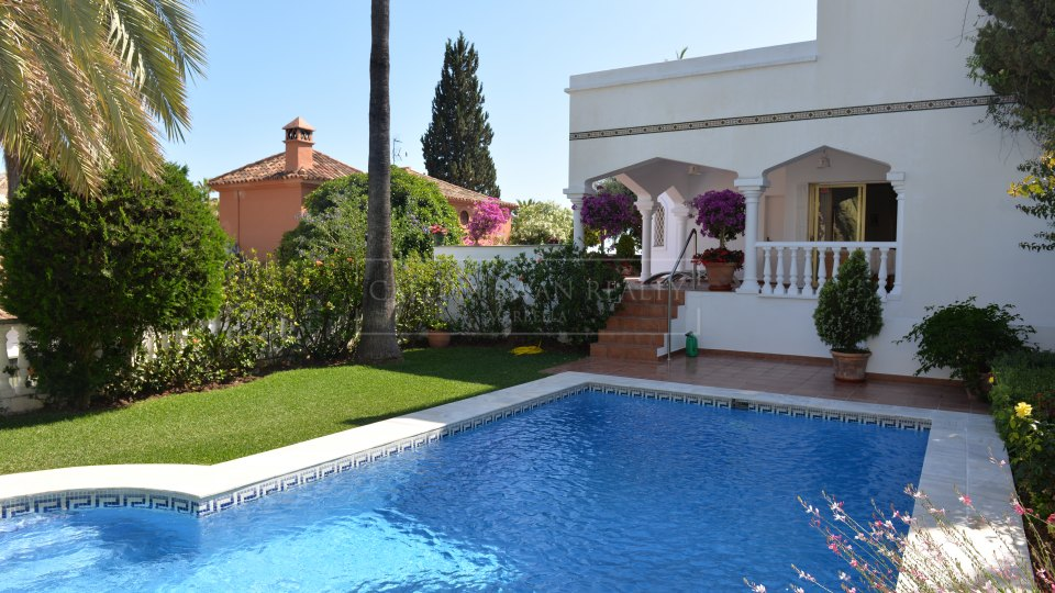 Marbella Golden Mile, Villa familiar en Marbella Hill Club