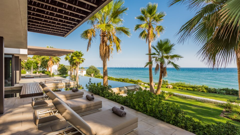 Estepona, Unique jewel frontline sea for rent close to Marbella