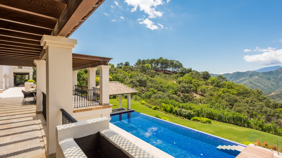 Benahavis, Exceptional property for sale in la Zagaleta