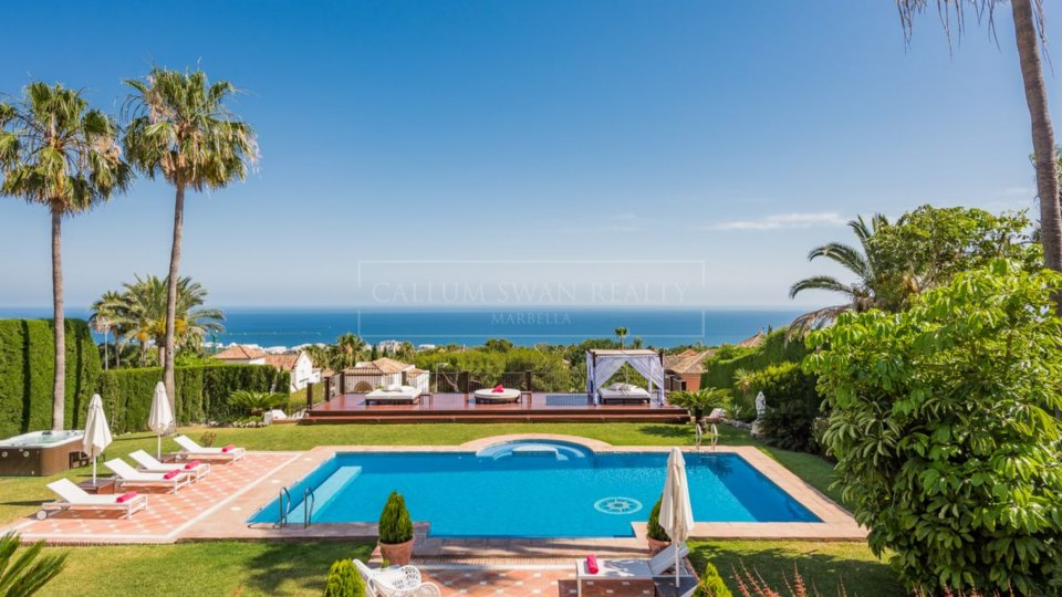 Marbella Golden Mile, Lovely luxury villa with Stunning sea views in Sierra Blanca, Marbella's Golden Mile