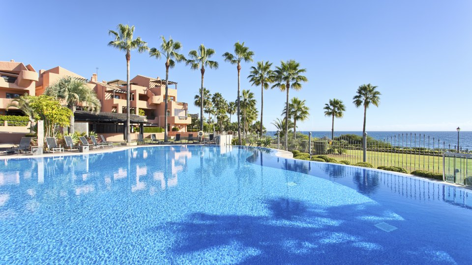 Estepona, Frontline beach penthouse for sale in the New Golden Mile