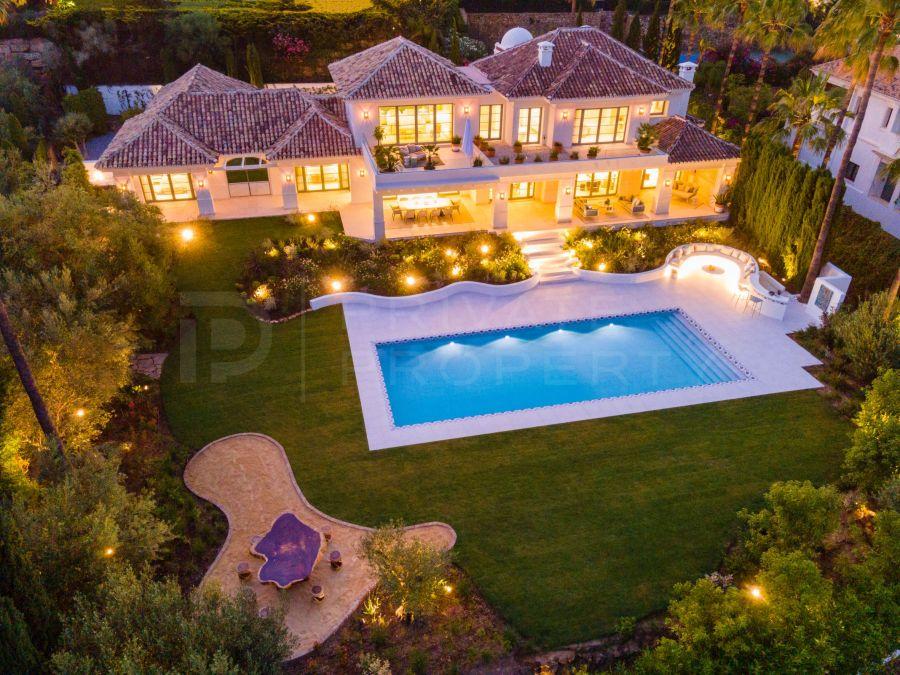 Elegant villa in Nueva Andalucia
