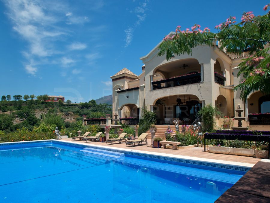 Grand villa in La Zagaleta