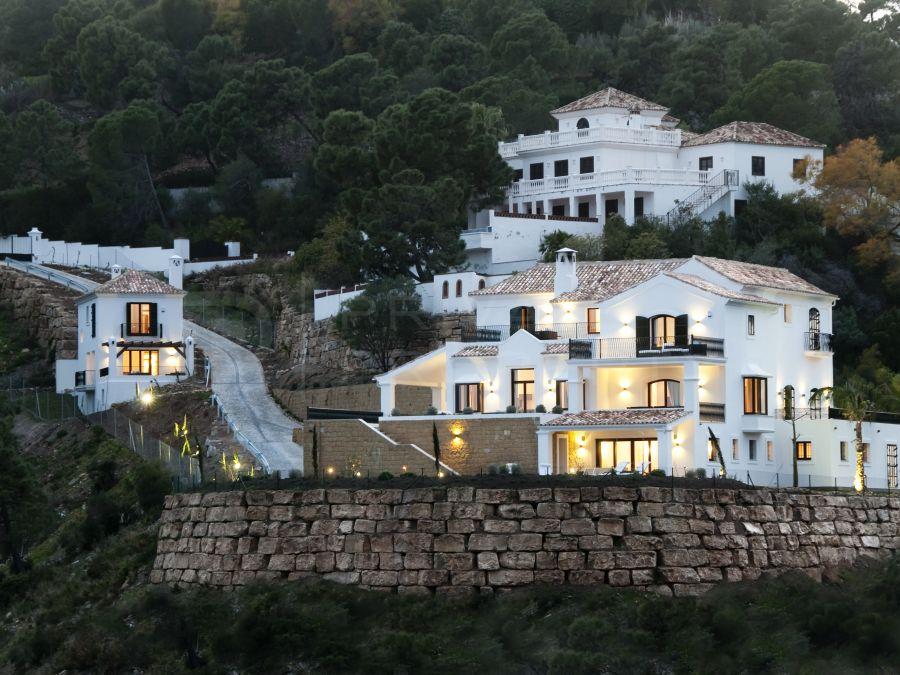 Contemporary villa in El Madroñal