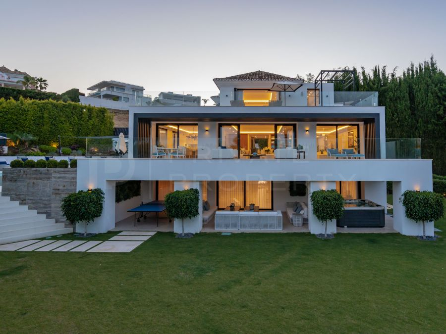 Beautiful villa in the Golf Valley