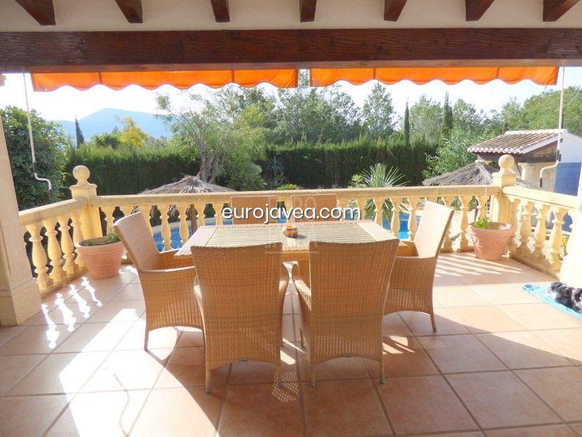 Villa en exclusiva a la venta en Jávea cerca del Club de Golf