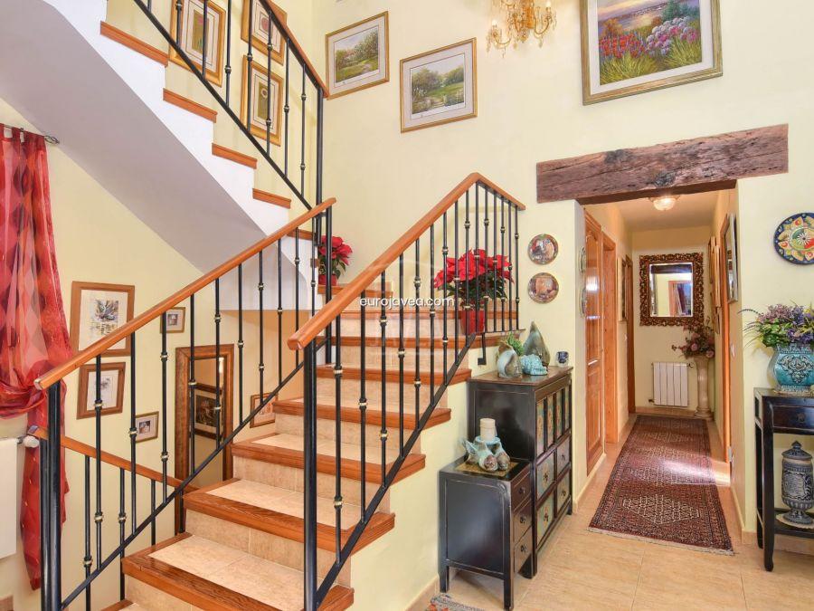 Magnificent traditional style villa for sale in Jávea in the prestigous Tosalet area