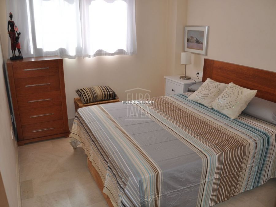 Groundfloor apartment for sale in Jávea between the port and the old town.