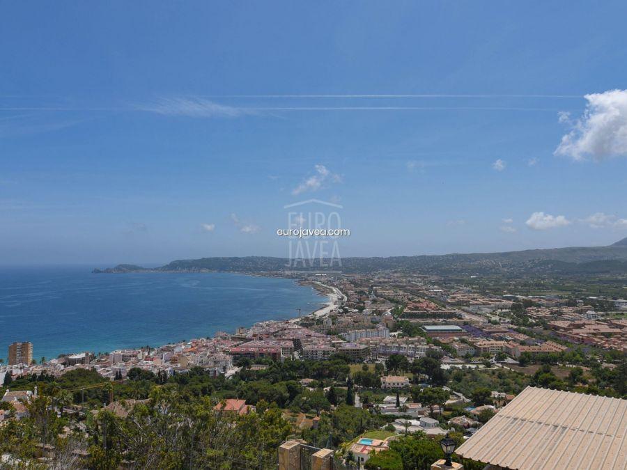 Plot for sale in Jávea , with magnificent sea views in La Corona