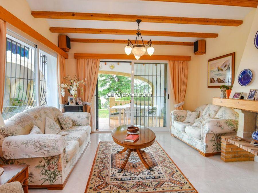 Magnificent Mediterranean style villa for sale in Jávea south facing.