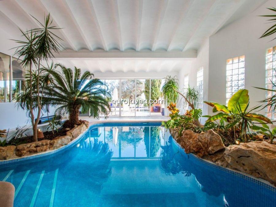 Luxury villa for sale in Jávea south facing