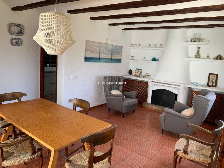Villa tradicional en alquiler para larga temporada en la zona del Montgó de Jávea