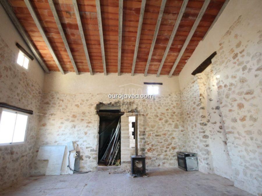 Traditional country house in Gata de Gorgos