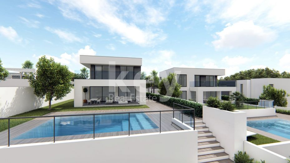 New contemporary villa within walking distance to the beach, Manilva