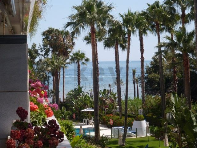 Apartment with a walking distance to the beach in Marbella
