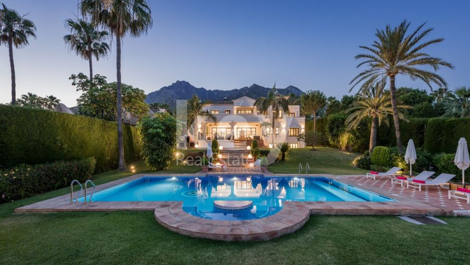 Villa Isidora: incredible luxury villa with sea views in Sierra Blanca, Golden Mile