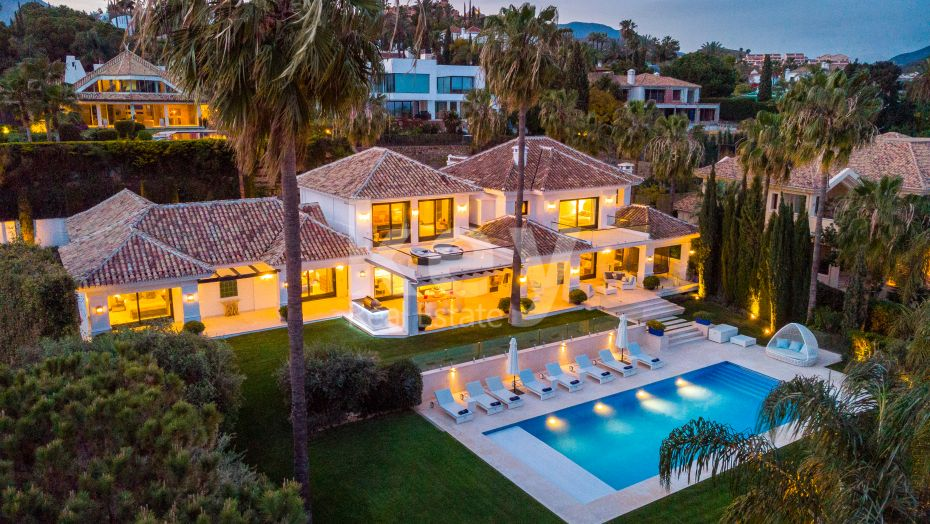 Spectacular villa for sale in the heart of Nueva Andalucía