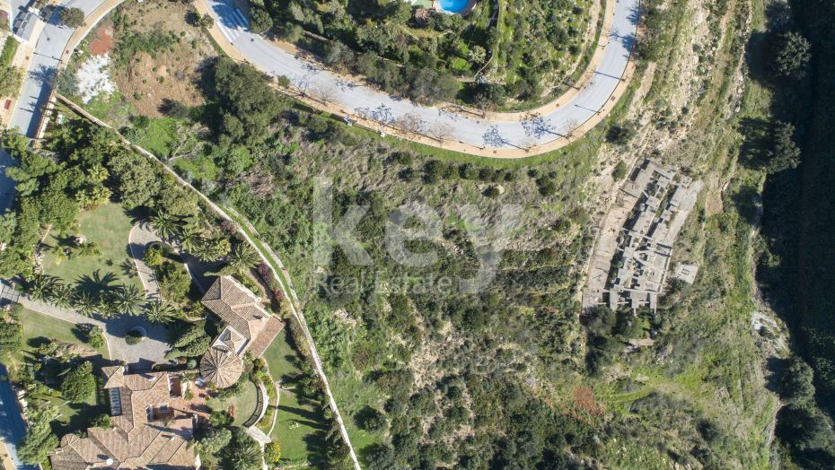 Panoramic sea views plot for sale in Elviria, Marbella East