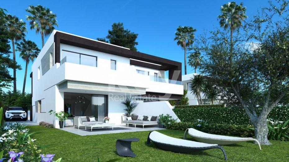Brand new stunning townhouse within walking distance to the beach in New Golden Mile, Estepona
