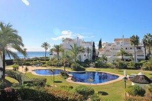 Playa y Golf: Apartamento en Reserva de Los Monteros