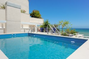 Frontline beach duplex penthouse